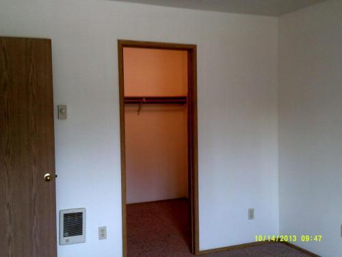 Bedroom closet (one bedroom only)